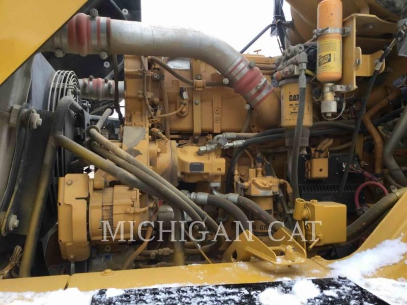 CATERPILLAR TOMBEREAUX ARTICULÉS 740 T equipment  photo 8