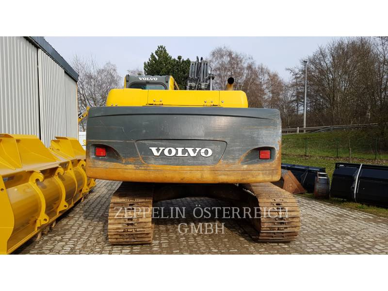 VOLVO TRACK EXCAVATORS EC210BNLC equipment  photo 18