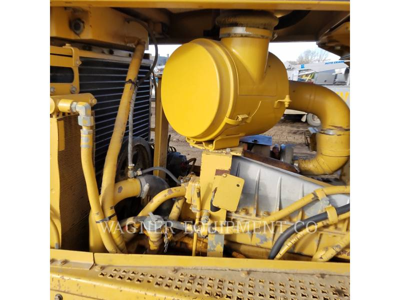 CATERPILLAR TRACK TYPE TRACTORS D7R equipment  photo 11