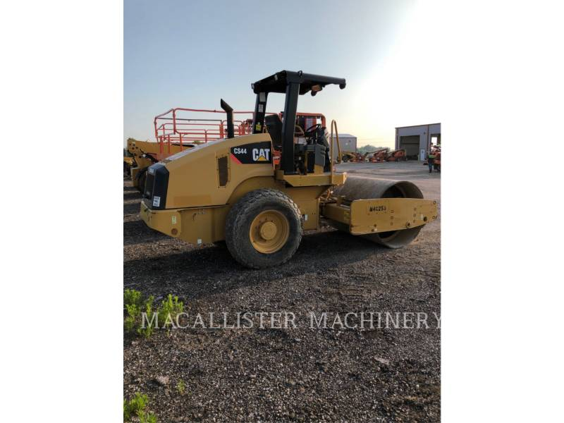 CATERPILLAR EINZELVIBRATIONSWALZE, GLATTBANDAGE CS44 equipment  photo 1