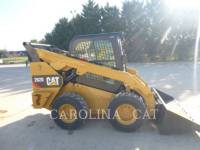 CATERPILLAR CHARGEURS COMPACTS RIGIDES 262D CB equipment  photo 2