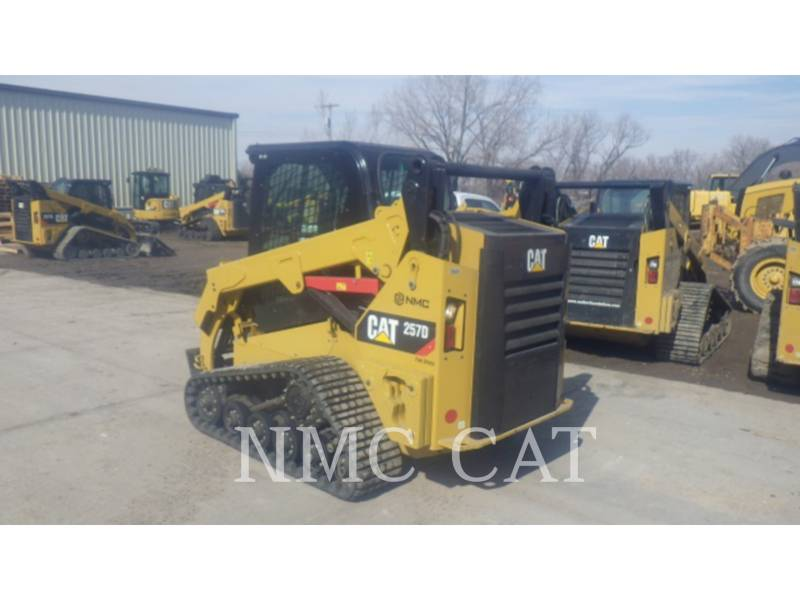 CATERPILLAR MULTI TERRAIN LOADERS 257D equipment  photo 2