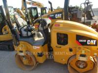 CATERPILLAR VIBRATORY DOUBLE DRUM ASPHALT CB 24 B equipment  photo 2