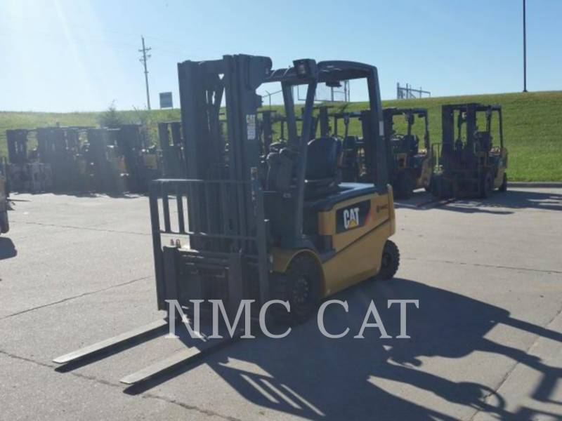 CATERPILLAR LIFT TRUCKS CHARIOTS À FOURCHE EP6000 equipment  photo 3