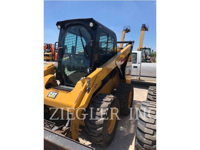 CATERPILLAR 滑移转向装载机 262D equipment  photo 4