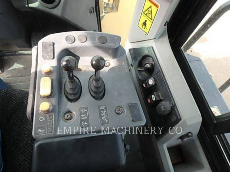 CATERPILLAR WHEEL LOADERS/INTEGRATED TOOLCARRIERS 950K FC equipment  photo 8