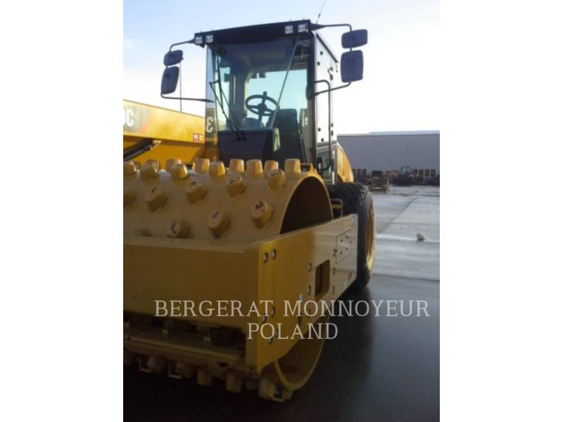 CATERPILLAR WALEC DO GRUNTU, GŁADKI CS64B equipment  photo 1