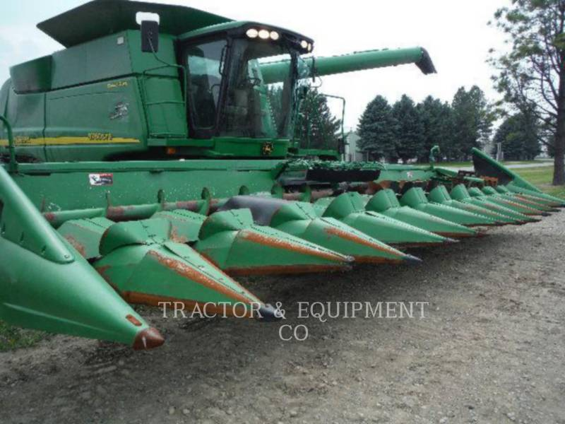 JOHN DEERE COMBINADOS 9760 equipment  photo 11