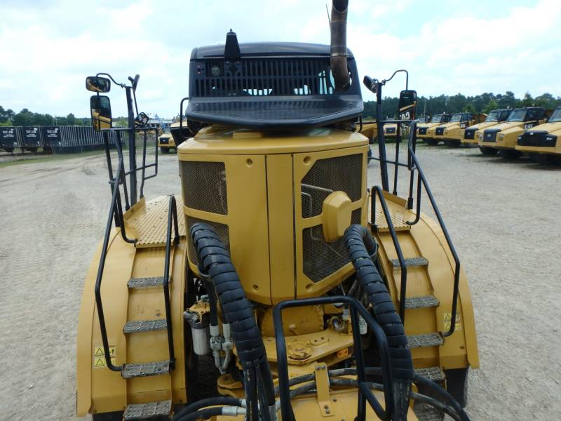 CATERPILLAR CAMIONES ARTICULADOS 745C equipment  photo 9