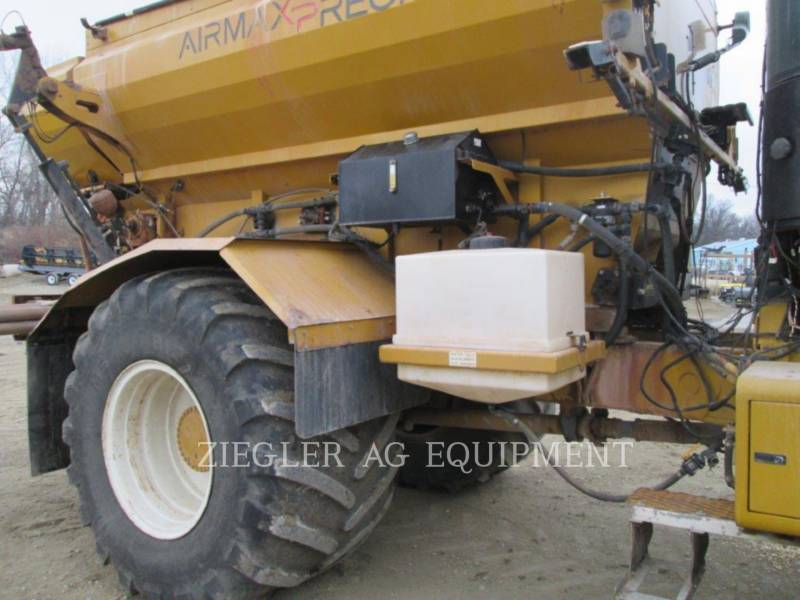 AG-CHEM Flotadores 9203 equipment  photo 3