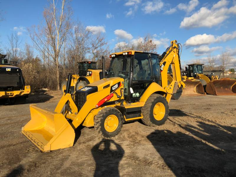 Caterpillar BULDOEXCAVATOARE 420FST equipment  photo 1