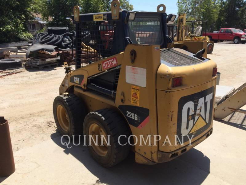 CATERPILLAR MINICARREGADEIRAS 226B2 equipment  photo 2