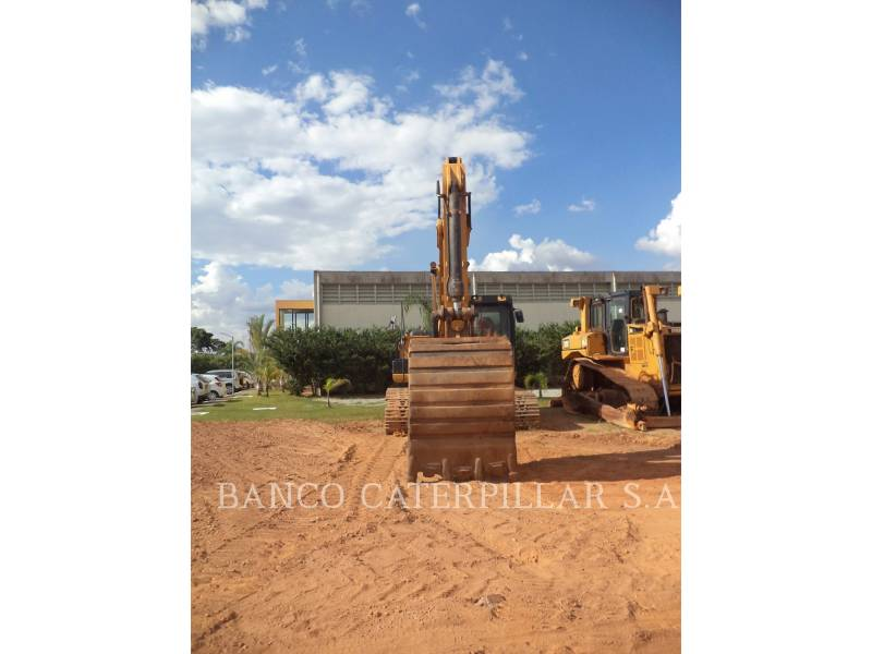 CATERPILLAR TRACK EXCAVATORS 323D2L equipment  photo 8