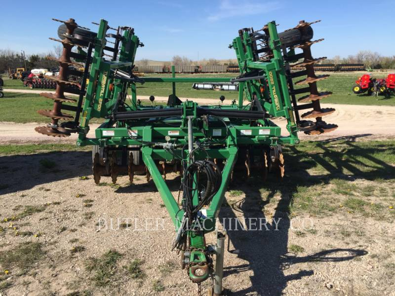 GREAT PLAINS CHARRUE 2200TT equipment  photo 3
