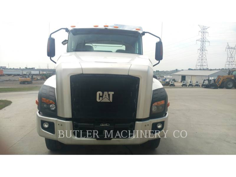 CATERPILLAR CAMIONES DE CARRETER CT660 equipment  photo 2
