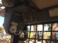CATERPILLAR SKID STEER LOADERS 242B equipment  photo 12