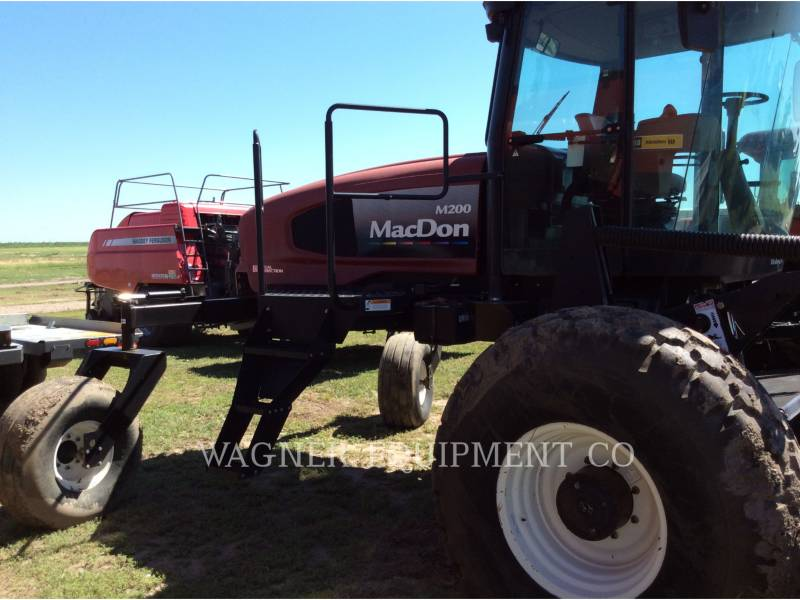 MACDON AG HAY EQUIPMENT M200 equipment  photo 4