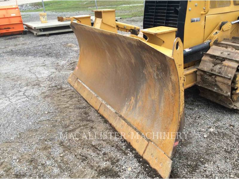 CATERPILLAR TRACK TYPE TRACTORS D4K2XL equipment  photo 9