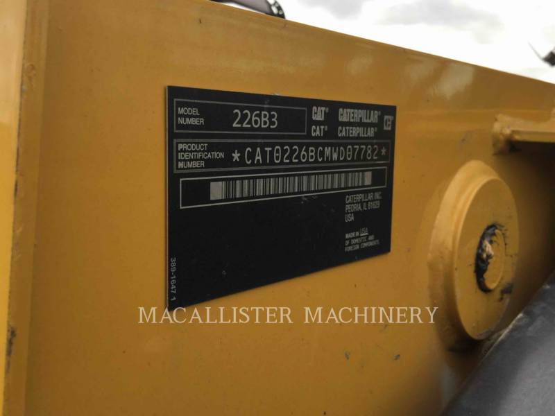 CATERPILLAR KOMPAKTLADER 226B3 equipment  photo 5
