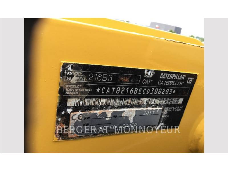 CATERPILLAR CHARGEURS COMPACTS RIGIDES 216B3 equipment  photo 3