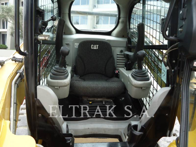 CATERPILLAR MULTI TERRAIN LOADERS 289C equipment  photo 10