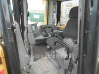 CATERPILLAR TRACK TYPE TRACTORS D8T AW equipment  photo 11