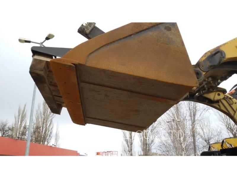 CATERPILLAR スキッド・ステア・ローダ 226 B SERIES 3 equipment  photo 10