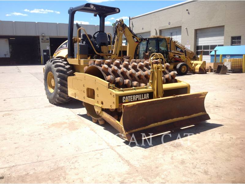 CATERPILLAR VIBRATORY SINGLE DRUM SMOOTH CP563E equipment  photo 2