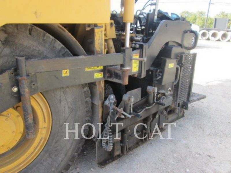 CATERPILLAR PAVIMENTADORA DE ASFALTO AP-600D equipment  photo 8
