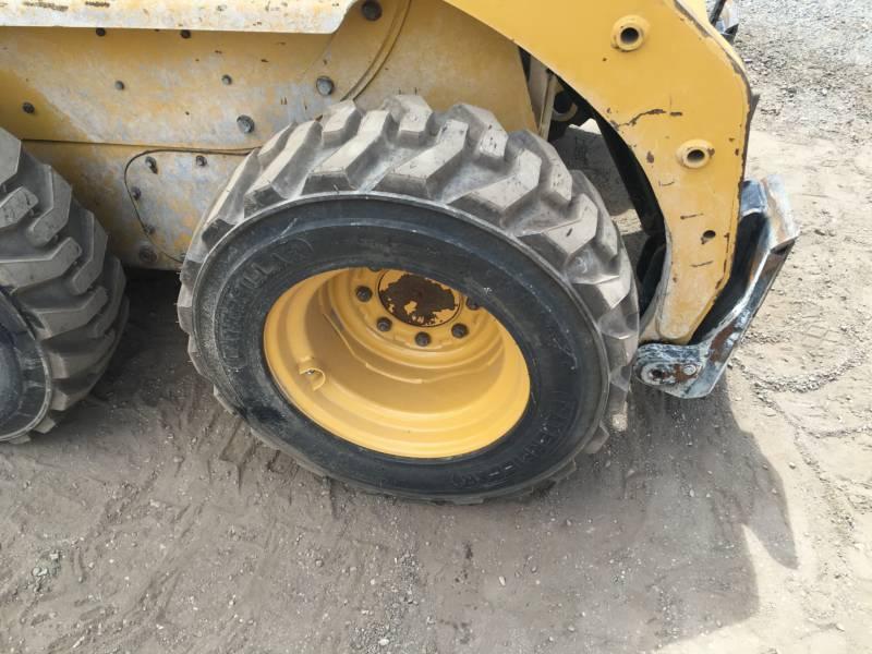 Caterpillar MINIÎNCĂRCĂTOARE RIGIDE MULTIFUNCŢIONALE 226B3 equipment  photo 9