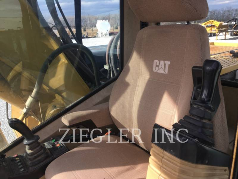 CATERPILLAR PELLES SUR PNEUS M318 equipment  photo 4