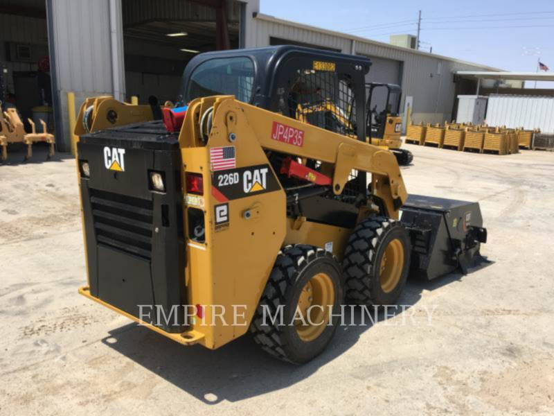 CATERPILLAR SKID STEER LOADERS 226D equipment  photo 2