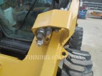 CATERPILLAR SKID STEER LOADERS 272D equipment  photo 6