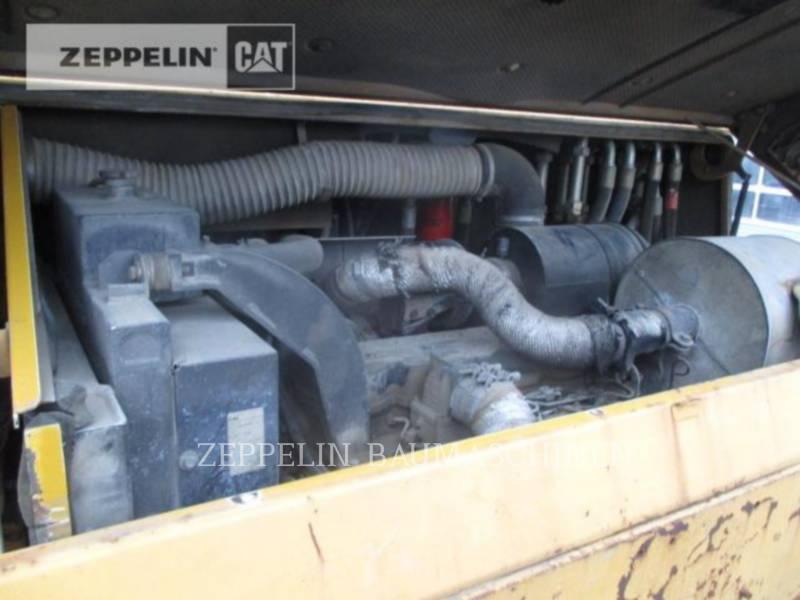 DYNAPAC SCHWARZDECKENFERTIGER F182CS equipment  photo 11