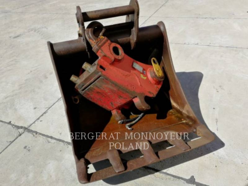 CATERPILLAR PELLES SUR PNEUS M318D equipment  photo 3