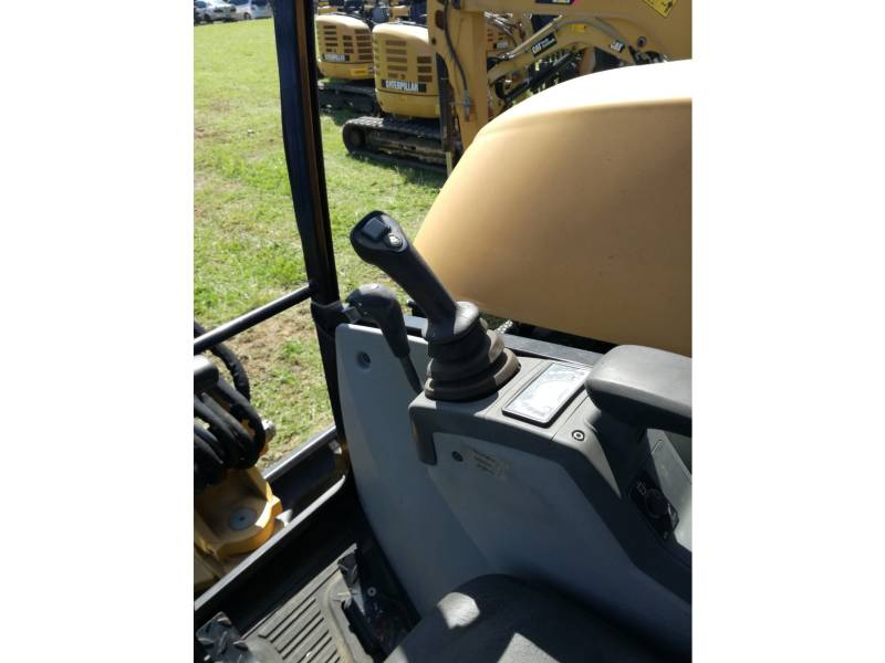 CATERPILLAR PELLES SUR CHAINES 302.7DCR equipment  photo 21