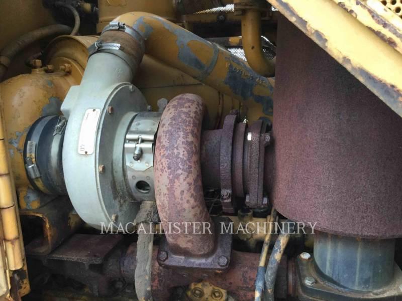 KOMATSU TRACTEURS SUR CHAINES D85E equipment  photo 13