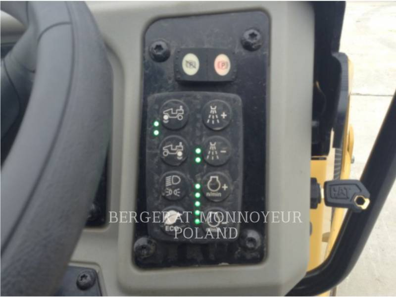 CATERPILLAR COMPACTEURS TANDEMS VIBRANTS CB22BLRC equipment  photo 6