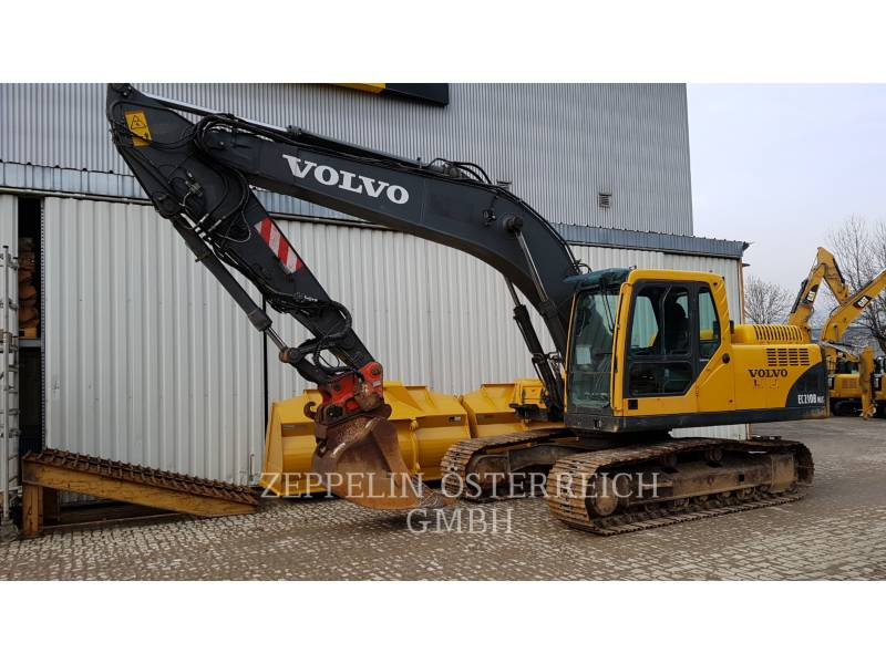 VOLVO TRACK EXCAVATORS EC210BNLC equipment  photo 4