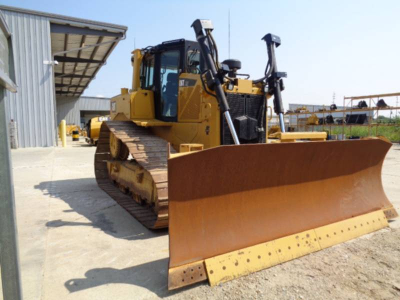 CATERPILLAR TRACK TYPE TRACTORS D6TLGPVP equipment  photo 1