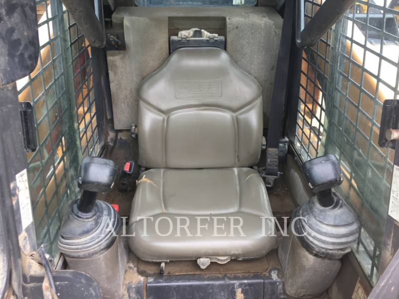CASE/NEW HOLLAND SKID STEER LOADERS 440CT equipment  photo 6