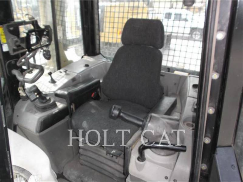 CATERPILLAR TRACTORES DE CADENAS D6N XL equipment  photo 20