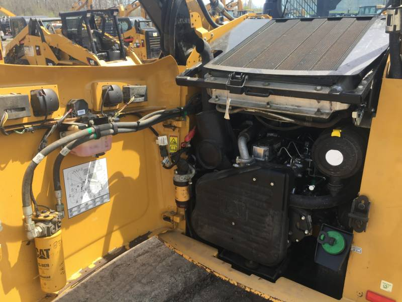 CATERPILLAR SKID STEER LOADERS 262C2 equipment  photo 14