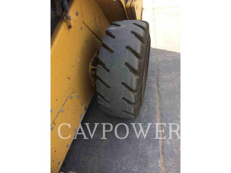 CATERPILLAR SKID STEER LOADERS 246C equipment  photo 16