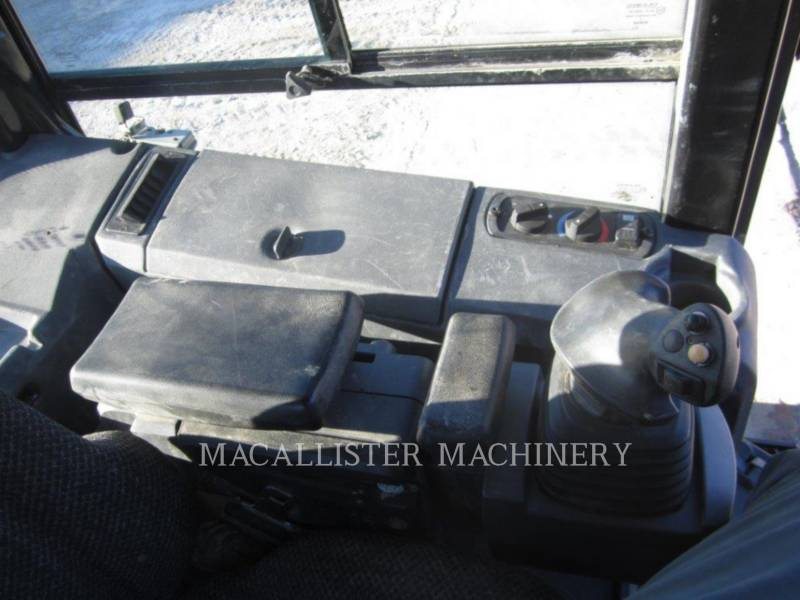 CATERPILLAR TRACTORES DE CADENAS D5K XL equipment  photo 11