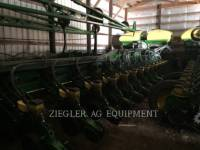 Equipment photo DEERE & CO. DB90 Pflanzmaschinen 1