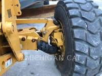 JOHN DEERE MOTOR GRADERS 772G equipment  photo 13