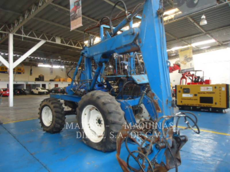NEW HOLLAND LTD. AGRARISCHE TRACTOREN 6610 FWD   equipment  photo 5