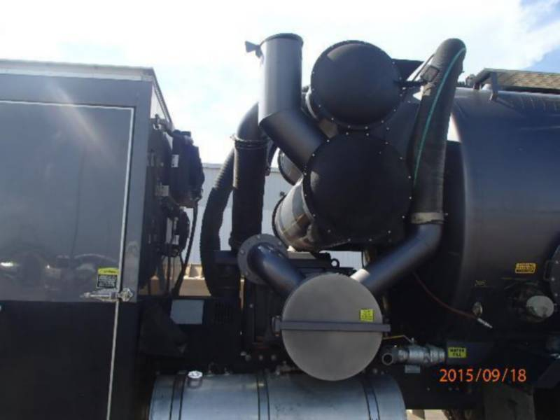CATERPILLAR CAMIONES DE CARRETER CT660L equipment  photo 9