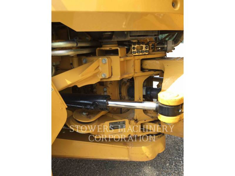 CATERPILLAR CAMIONES ARTICULADOS 730C equipment  photo 10